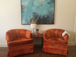 Spice up your Life: Vintage Orange Swivelling Chairs
