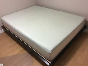 King Koil Memory Foam Queen Mattress (Bed) and Frame