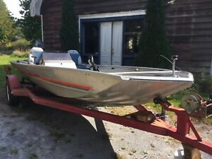 Bass tracker bass boat.Reduced .