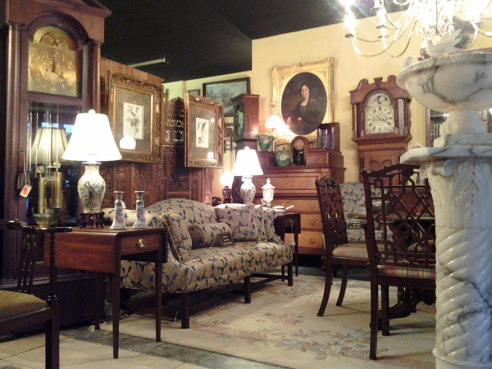 RR Peppers Antiques