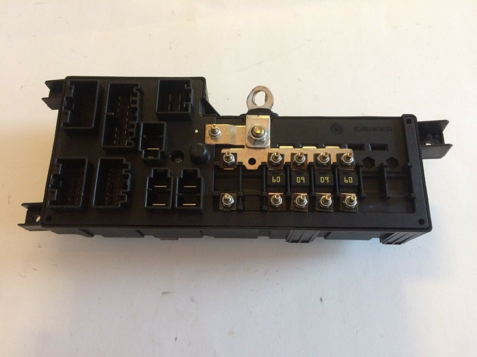 2000 - 2004 VOLVO S60 S80 V70 V70XC XC90 Fuse Box Junction Fuse Relay Block  CEU