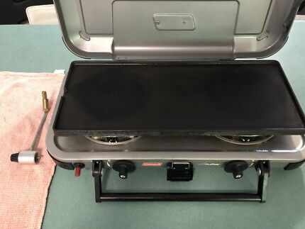 Coleman bbq windproof 9966 series + Griddle Sippy Downs Maroochydore Area Preview