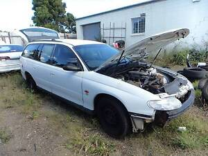WRECKING / DISMANTLING 1998 HOLDEN COMMODORE WAGON AUTO North St Marys Penrith Area Preview