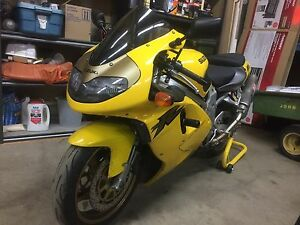 Suzuki TL1000R 1999 very good condition