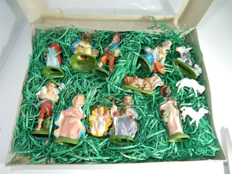 Vintage Nativity Figures 13pc Made In Italy Hand Painted original package RARE