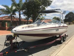 TAHOE Q8 21FT BOWRIDER WITH ALL THE EXTRAS