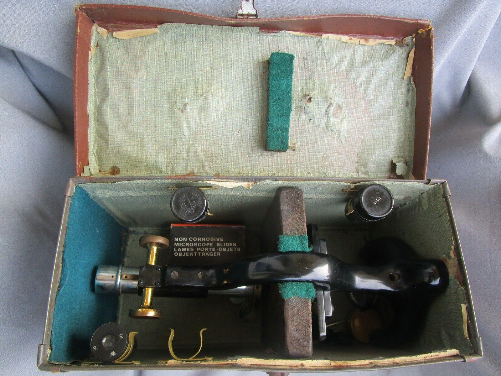 Antikes Mikroskop Myral W.Watson mit Zubehör im Koffer London England 1920er