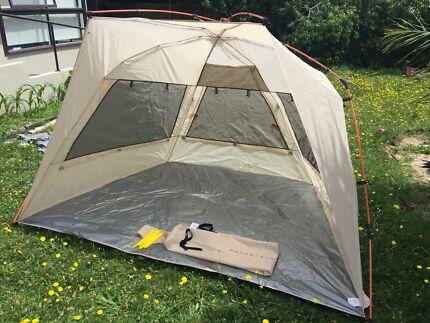 Beach tent shelter & 4 Person Beach Tent | Miscellaneous Goods | Gumtree Australia ...