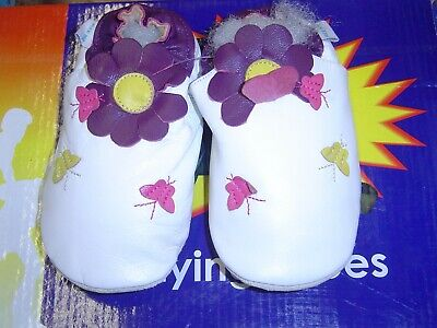 Brand new Soft leather baby shoes  Butterflies white colour 0 to 6 months