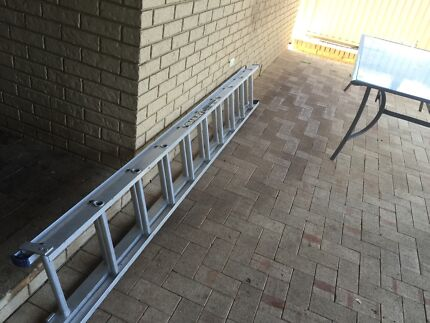 Aluminum extension ladder for tradesman -BAILEY Stirling Stirling Area Preview