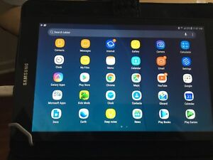 8 in Samsung tablet with SIM card option only few months old
