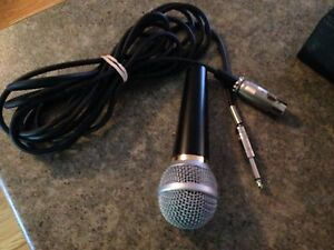Professional Dynamic unidirectional microphone London Ontario image 1