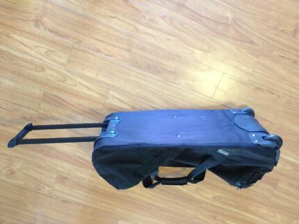 Ripcurl Jupiter 80 Litre wheeled travel bag.