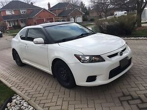 2011 Scion tC - ONLY 67,500 km!!