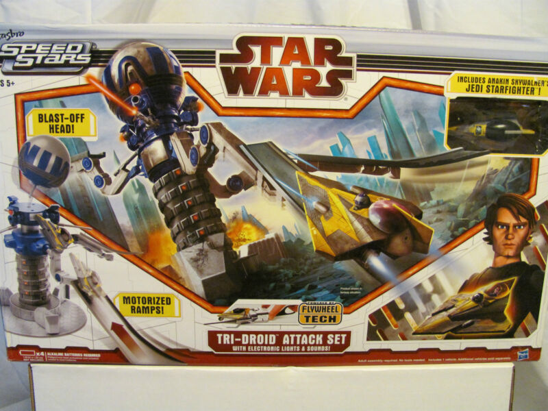 Star Wars Tri-Droid Attack Set with electronic lights and sound  **new in Box**