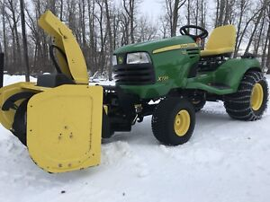 John Deere X 720 tractor snowblower , mowing deck