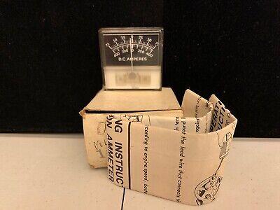 Vintage D.c. Amperes 17-9446 Dc Volt Meter