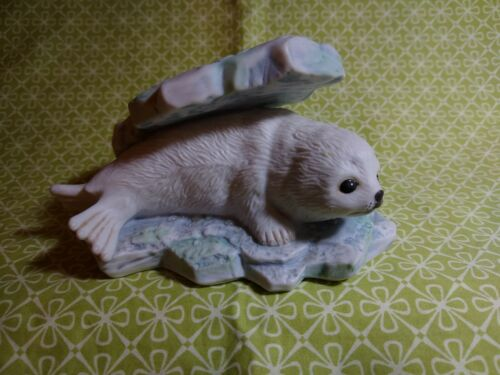 POLAR EXPEDITION COLLECTION Baby Harp Seal Figurine 1992 Fine Porcelain