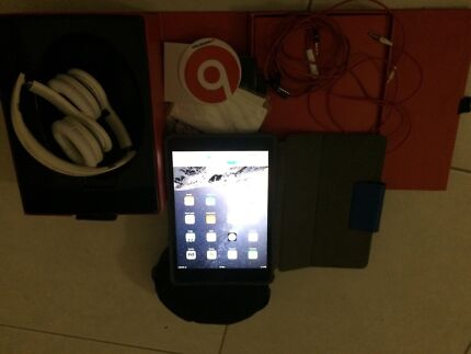 iPad mini + beat by dr.dre Nakara Darwin City Preview