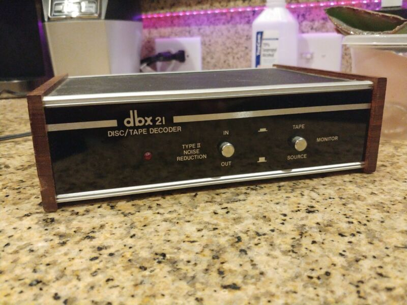 Dbx 21 disc/tape decoder excellent condition fully tested!