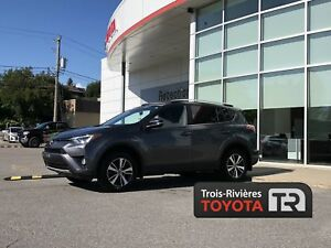 TOYOTA RAV 4 2016 - XLE - AWD - MAGS - CRUISE - A/C
