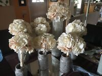 White, blush bouquets for wedding
