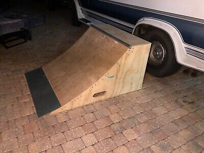 skateboard Ramp with Coping