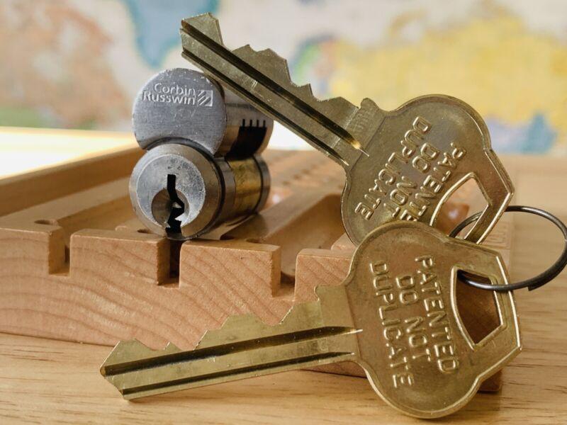 Corbin Russwin LFIC Lock Cylinder Cores w Control & Operating Keys Locksport