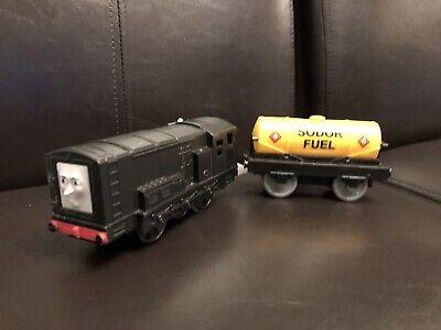 THOMAS & FRIENDS Tomy TRACKMASTER DIESEL & OIL TANKER Mattel Motorized Train