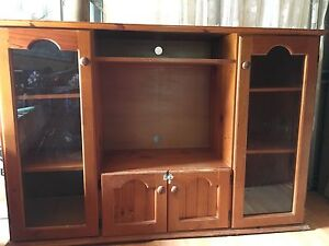Wooden TV cabinet with display Gladstone Gladstone City Preview