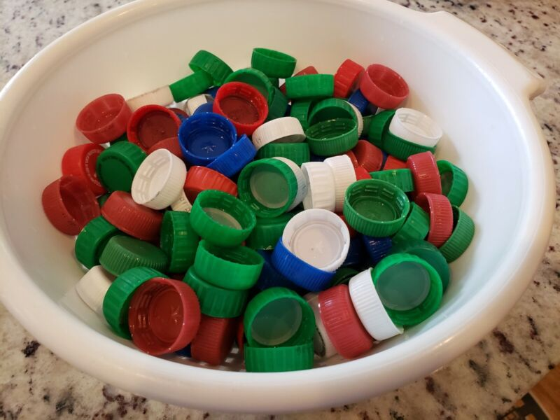 200 Plastic RECYCLED Soda Pop Bottle Caps Lids Red/Blue/Green/White Crafts LOT