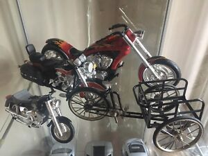 Car and motorcicle model collection