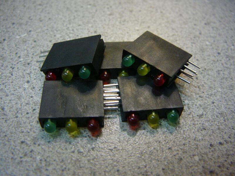 KINGBRIGHT Tri-Level 3mm CBI (LED), Array, Green/Yellow/Red  **NEW** 5/PKG