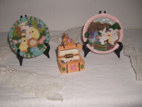 CERAMIC/ RESIN 1 HINGED BUNNY BOX & 2 PLATES EASTER FIGURINES