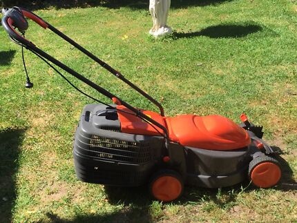 Flymo Electric Lawn Mower with Catcher Parafield Gardens Salisbury Area Preview