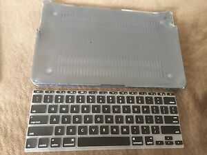 "MacBook Air 11.6"" silicone keyboard cover and hard case"