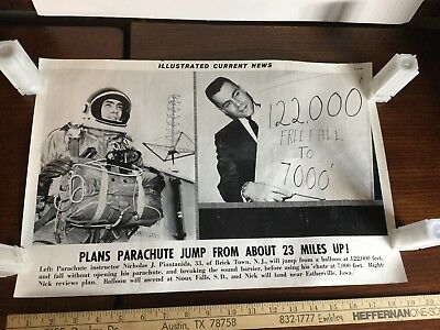 Illustrated Current News Photo - Parachute From 23 Miles Nicholas Pintanida