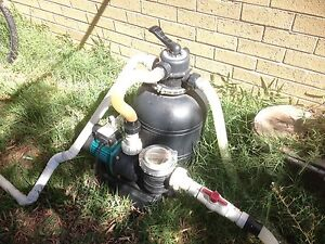 Pool pump, sand filter and salt water chlorinator Safety Bay Rockingham Area Preview