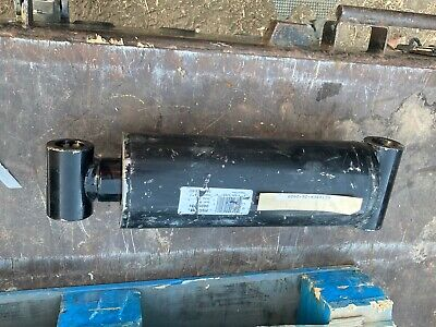 Maxim Wt Welded Cylinder 5 Bore 8 Stroke 2.50 Rod Dia 3000 Psi 216550