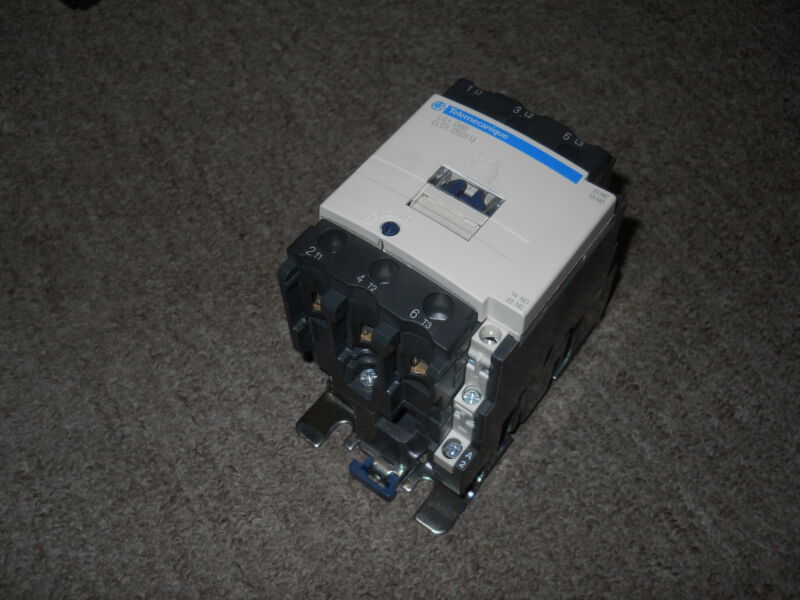 SCHNEIDER ELECTRIC LC1D50 Contactor LC1 D5011