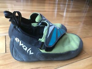 Kids evolv climbing shoes size 4 - but looks smaller