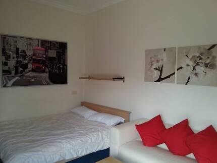 Room / studio for rent