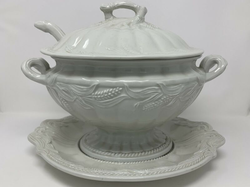 Large 3qt Red Cliff Ironstone Wheat Theme Tureen & Underplate & Ladle 4 Piece