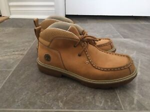 Timberland size 5 shoes