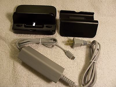 (Wii U Gamepad Off Brand Charger And Original Stand + Charging Dock !!)