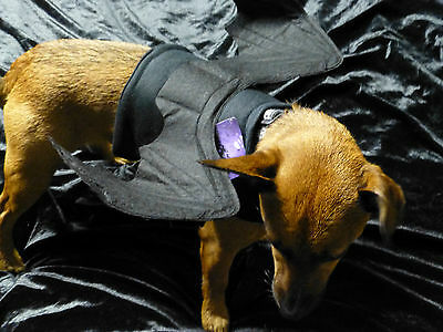 DOG OR CAT BAT WINGS SIZE SMALL HALLOWEEN FANCY DRESS.WITH BENDABLE WINGS !!