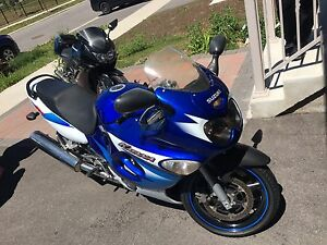 2005 Suzuki Katana GSX600 low kilometers for quick sale