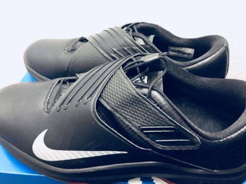 Nike TW 17 Tiger Woods Golf Shoes Spikes Black Metallic Silv