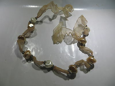 Collier ras du cou à nouer polyester avec 9imitations perles beiges et blanches