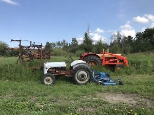 Case 930 tractor